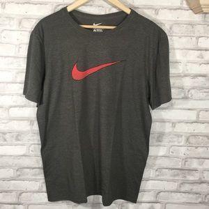 Men's Large Nike T-Shirt